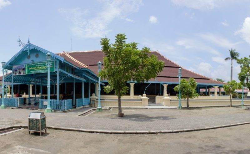 masjid-agung-surakarta.jpg