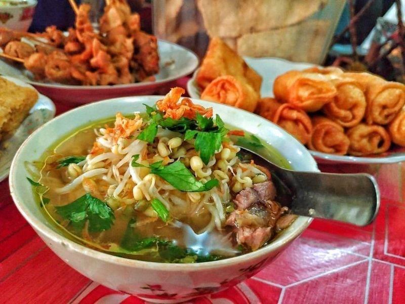 Soto Seger Mbok Giyem, Soto Fenomenal di Jawa Tengah, Pencinta Kuliner Wajib Coba Ini!